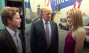 L'animateur Billy Bush, en compagnie de Donald Trump... (Capture écran de la vidéo diffusée par le Washington Post) - image 15.0