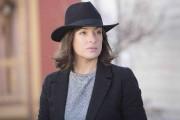 Le chapeau de Pascale Bussières dans Prémonitions relève... (Sébastien Raymond) - image 5.0