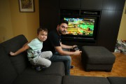 Bruno Georget, grand fan de Nintendo et de... (Photo Martin Chamberland, la Presse) - image 2.0