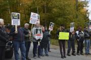 Des manifestants ont perturbé la visite de la... (Benoit Sabourin, LeDroit) - image 2.0