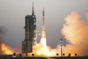 Le décollage duvaisseau spatial Shenzhou-11a eu lieu de... (AP, Chinatopix) - image 2.0
