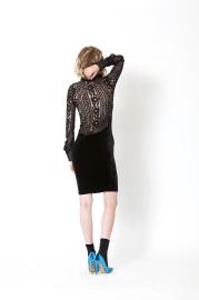 Élément essentiel de la garde-robe féminine, le... (Caroline Grégoire) - image 9.1