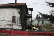 L'incendie s'est déclaré vers 7h30 au 225 avenue... (Photo Le Quotidien, Isabelle Tremblay) - image 2.0