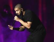 Le rappeur canadien Drake... (AFP, Kevin Winter) - image 6.0
