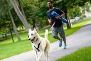 Sunil Sarwal et Laika, 2 ans... (Photo Chantal Lévesque, fournie par Canicross Nahak Sport) - image 5.0