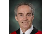 Le Dr Christian Caron... - image 2.0