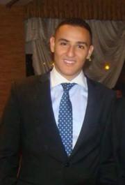 Mehdi Kroumba, qui se dit étudiant en médecine... (Photo tirée de Facebook) - image 2.1