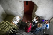 Une fois à l'intérieur, les couloirs étroits de... (PHOTO OLIVIER CROTEAU, LE NOUVELLISTE) - image 3.0