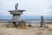 Un inukshuk borde la plage de Churchill.... (PHOTO STÉPHANIE MORIN, LA PRESSE) - image 3.0