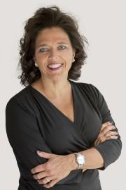 Edith Cloutier, vice-présidente, Ventes aux entreprises, région du... - image 1.0