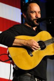 Dave Matthews... (AFP) - image 2.0