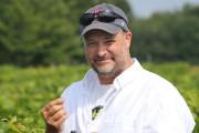 Daniel L'Heureux, propriétaire du vignoble La Grenouille... (Archives La Voix de l'Est) - image 1.0