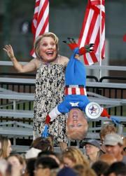 Dans cette campagne électorale, il y ades attaques... (AP, Ross D. Franklin) - image 3.0