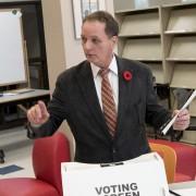 Le candidat du NPD dans Ottawa-Vanier, Claude Bisson... (Martin Roy, LeDroit) - image 6.0