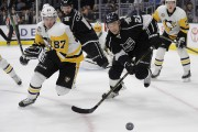 Crosby a raté les six premiers matches des... (Associated Press) - image 1.0