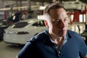 Elon Musk lors d'une entrevue à l'usine de... - image 3.0