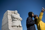 Le Martin Luther King Jr. Monument montre le... (PHOTO BRENDAN SMIALOWSKI, ARCHIVES AGENCE FRANCE-PRESSE) - image 2.0