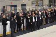 Tour d'honneur pour la trentaine de bâtisseurs et... (Gilles Joubert) - image 1.0