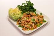 Le nême kao est une salade typiquement laotienne... (PHOTO ROBERT SKINNER, LA PRESSE) - image 3.0