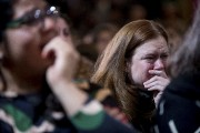 Les partisans d'Hillary Clinton encaissent la défaite de... (AP) - image 2.0
