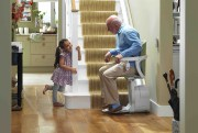 Ce siège est adapté à un escalier droit.... (Fournie par Les Escalateurs Atlas) - image 2.0