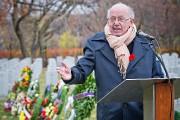 L'ex-premier ministre Bernard Landry, lors de la cérémonie... (photo Patrick Sanfacon, La Presse) - image 1.0