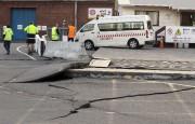 À Wellington, la capitale, les rues étaient jonchées... (AP, Mark Mitchell) - image 3.0