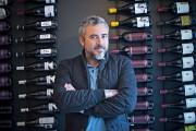 Martin Juneau, chef cuisinier vedette et copropriétaire du... (La Presse photo Patrick Sanfacon) - image 3.0