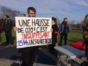 «Le gouvernement veut hausser le salaire minimum, mais... (Le Soleil, Baptiste Ricard-Châtelain) - image 2.0