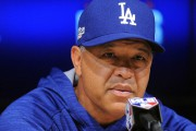 Dave Roberts... (PHOTO Gary A. Vasquez, USA Today Sports) - image 1.0