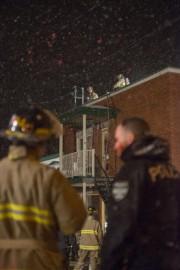 Un incendie a lourdement endommagé un duplex de... (Spectre Média, Julien Chamberland) - image 1.0