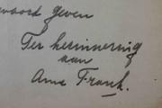 Une partie du manuscrit... (AP, Peter Dejong) - image 3.0