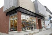 La librairie Marie-Laura est installée sur la rue... (Photo Le Progrès-Dimanche, Jeannot Lévesque) - image 1.0