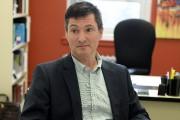 Pierre Ouellet, du CIUSSS, explique que des mesures... (Le Quotidien, Jeannot Lévesque) - image 5.0