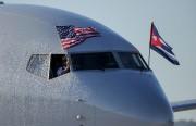 Un avion d'American Airlines a atterri à l'aéroport... (AFP) - image 2.0