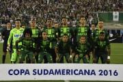 L'équipe brésilienne de football du Chapecoensen se rendaient... (AFP, Nelson Almeida) - image 6.0