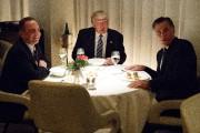 Donald Trump et Mitt Romney (à droite)se sont... (AP, Evan Vucci) - image 3.0