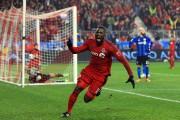 L'attaquant du Toronto FCTosaint Ricketts a enfoncé le... (AFP) - image 1.0