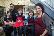 Le chef pâtissier de la Pâtisserie Tillemont, JoeyD'Angelo,... (Photo Olivier PontBriand, La Presse) - image 2.0