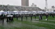 Plus de 20 000 personnes ont rempli un... (AFP, Nelson Almeida) - image 1.0