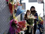 Plusieurs habitants de la municipalité californienne se sont... (AP, Marcio Jose Sanchez) - image 2.0