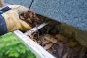 Il est important de nettoyer régulièrement les gouttières... (PhotoThinkstock) - image 2.0