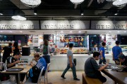 Les foires alimentaires foisonnent à Singapour. La nourriture... (Photo Audrey Ruel-Manseau, La Presse) - image 3.0