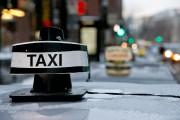 Sylvie, 56 ans, utilise fréquemment le taxi pour... (PHOTO DAVID BOILY, archives LA PRESSE) - image 3.0