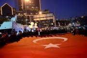 En soirée dimanche, Istanbul a été le théâtre... (AFP, Yasin Akgul) - image 2.0