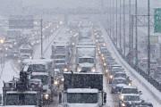 Congestion sur l'autoroute Métropolitaine.... (photo Patrick Sanfaçon, La Presse) - image 3.0
