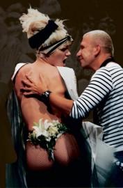 Collection La Parisienne punk. Prêt-à-porter Femme printemps-été 1997,... (Photo Rindoff-Garcia/Angeli, fournie par le MBAM) - image 2.0