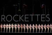 Depuis 1933, la célèbre troupe de danse Rockettes... (PHOTO ALAIN ROBERGE, LA PRESSE) - image 2.0