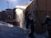 La neige précoce et abondante permet aux ouvriers... (Le Soleil, Baptiste Ricard-Châtelain) - image 2.0