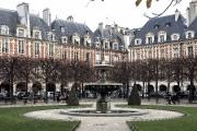 La place des Vosges, qui abrite notamment la... (La Presse, Jean-Christophe Laurence) - image 3.0